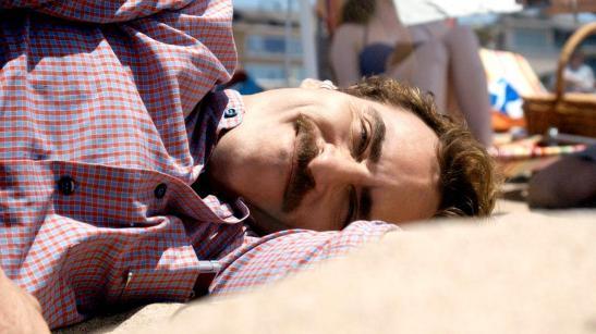 Her - Joaquin Phoenix interpreta o personagem Theodore Twombly